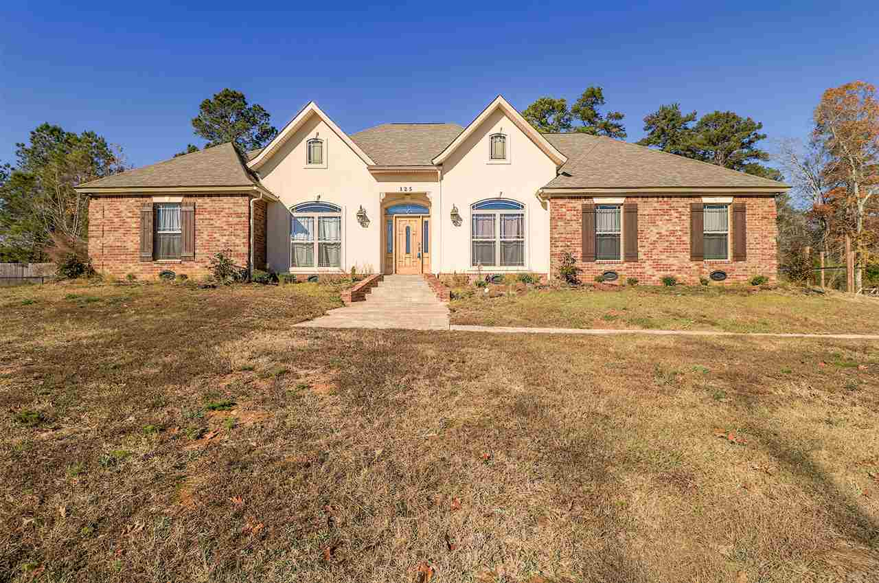Clinton ms homes for sale real estate for North ms home builders