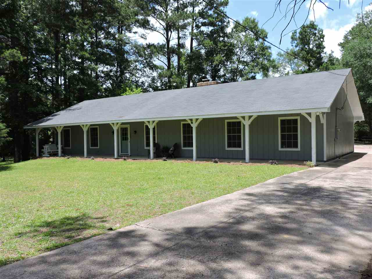 129 SUNSET DR S, Florence, MS 39073