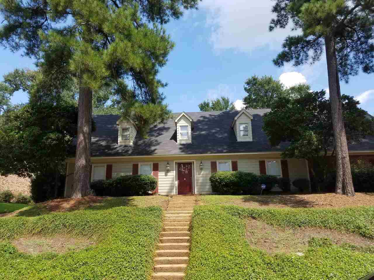 204 WINDING HILLS DR, CLINTON, MS 39056