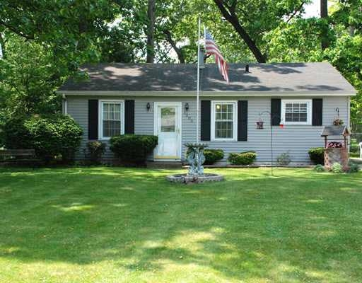 1205 HICKORY RD, South Bend, IN 46615