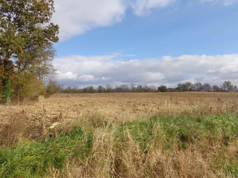 3052 Pigeon Valley, Boonville, IN 47601