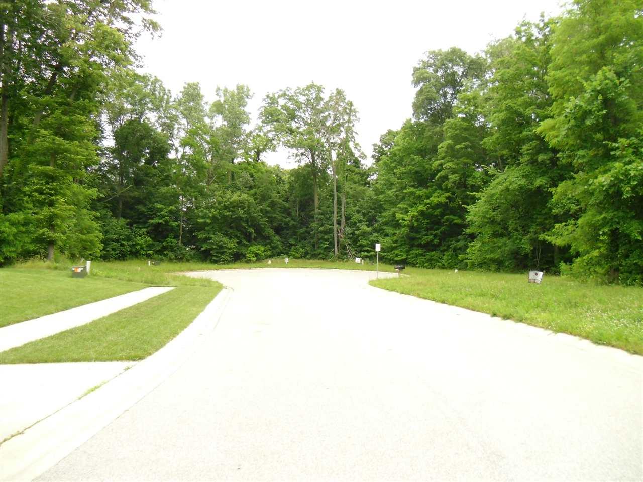 422 Mcintosh Ave, Kendallville, IN 46755