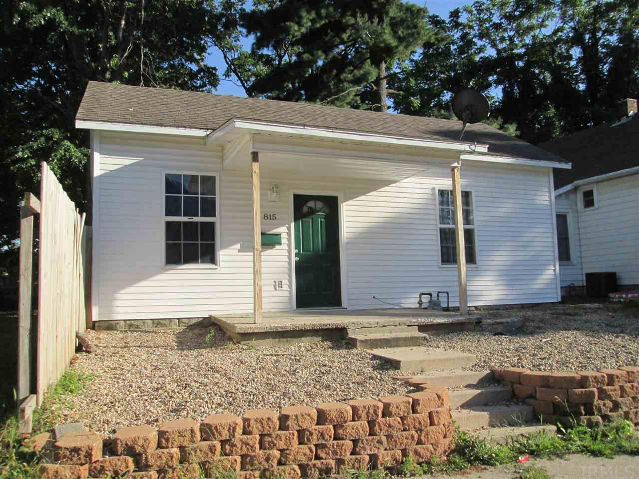 815 N 5th St, Vincennes, IN 47591