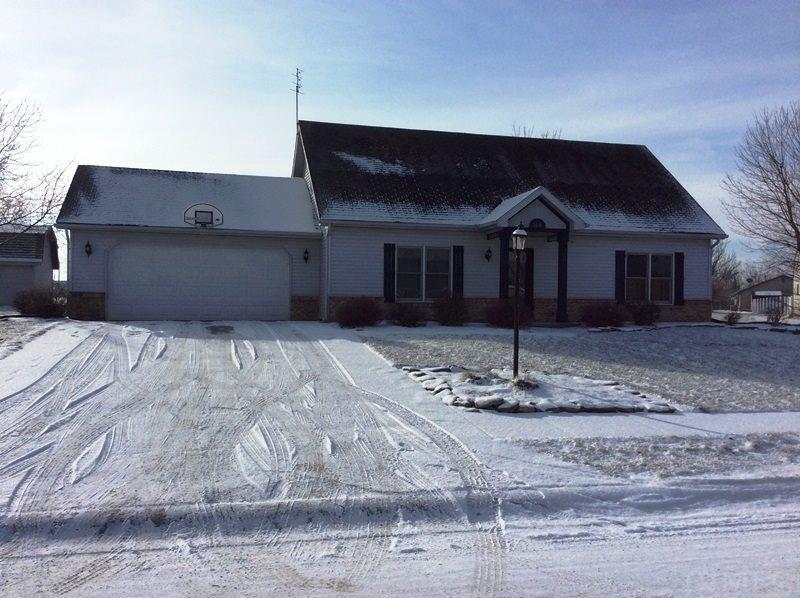 104 Briarwood Trl, Decatur, IN 46733