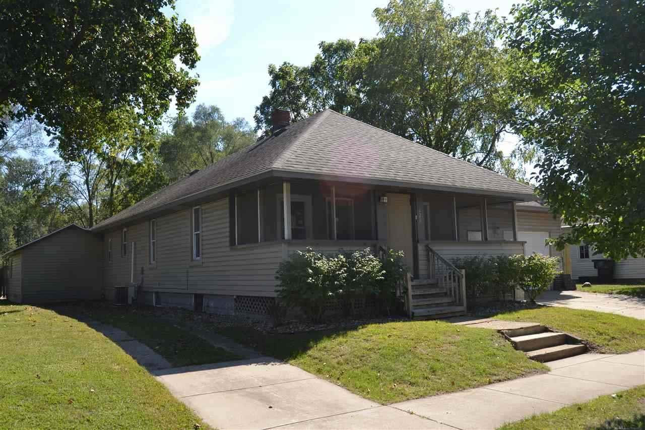 228  Kenwood Elkhart, IN 46516