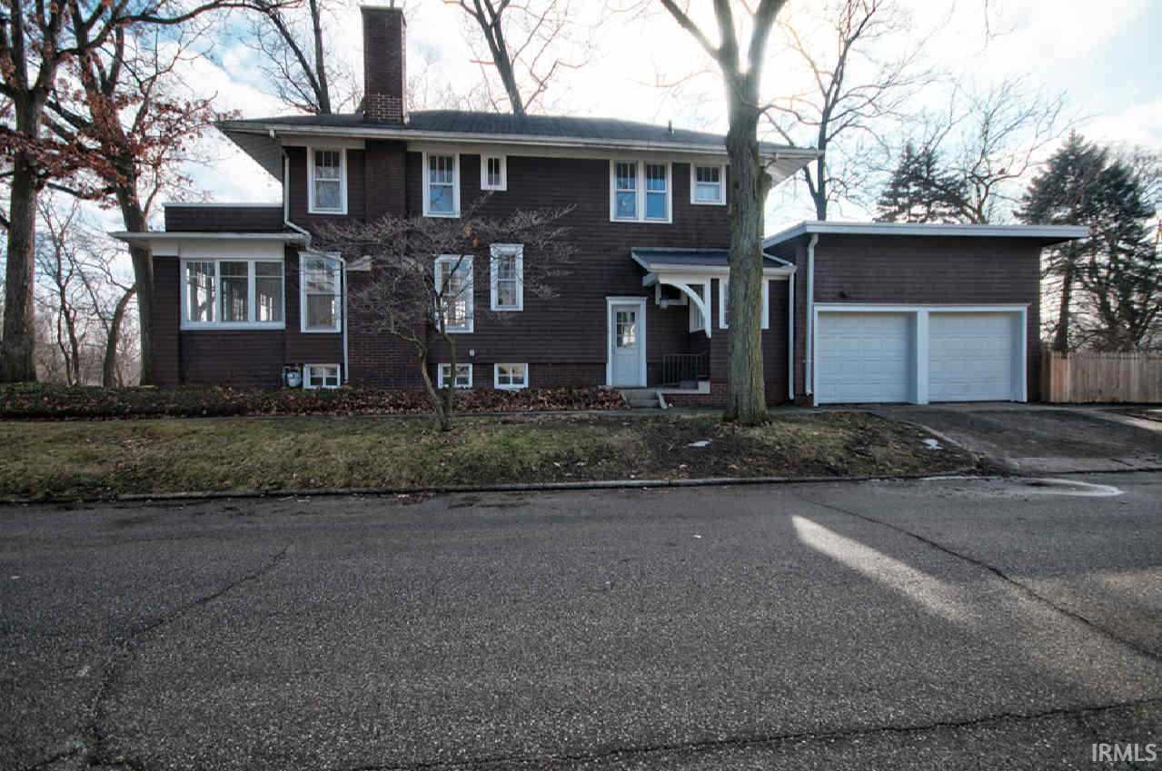 301  East Boulevard Elkhart, IN 46514