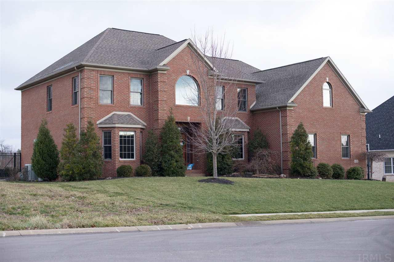 6500 Woodland Springs Drive, Newburgh, IN 47630