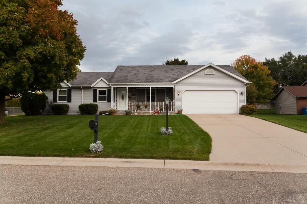 608  Fieldstone Ln. Middlebury, IN 46740