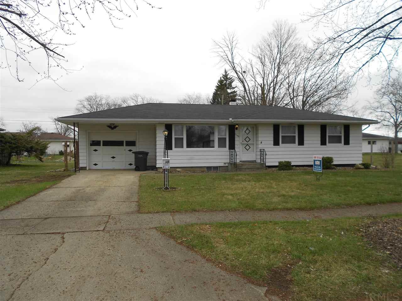 2508  Chippewa Elkhart, IN 46517
