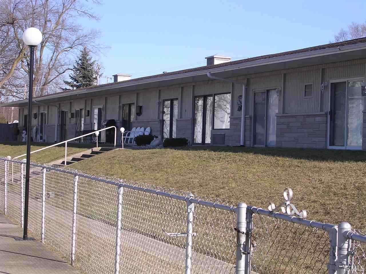 10025 N Turkey Creek Rd #2 Syracuse, IN 46567