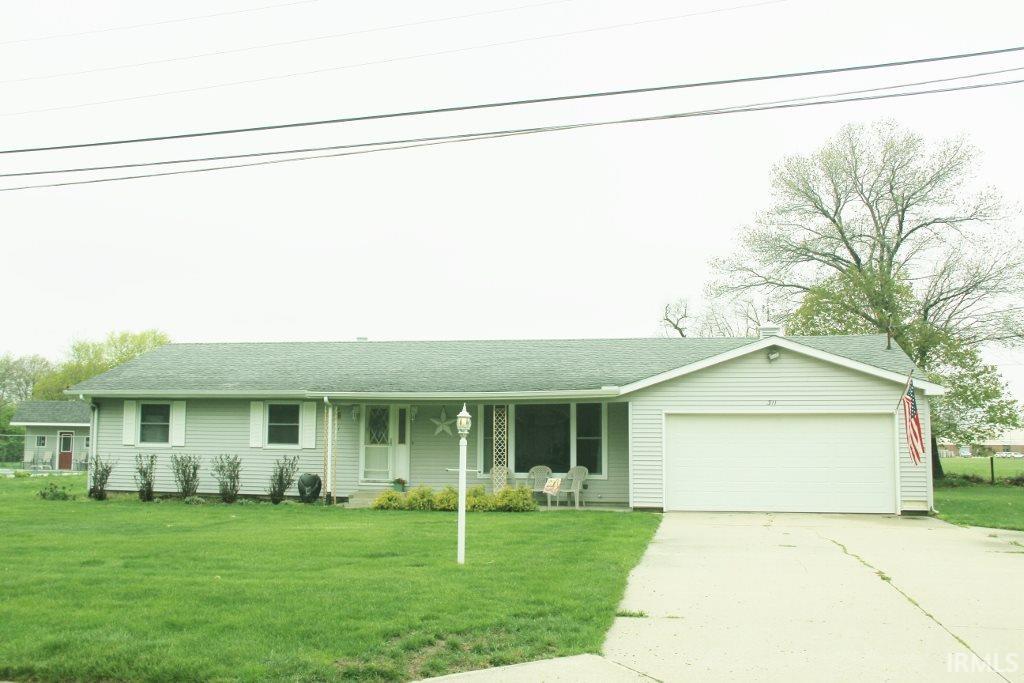 311  Twin Oaks Middlebury, IN 46540
