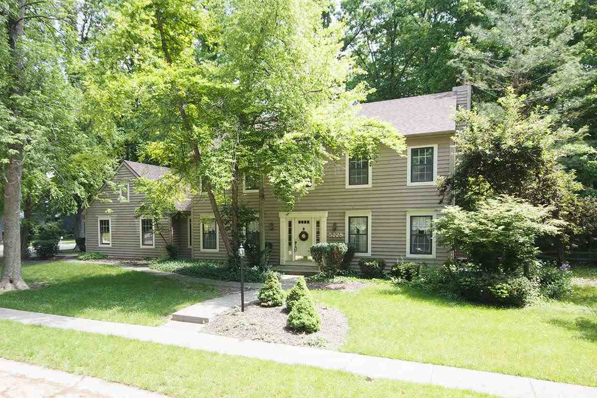 5228 Wood Manor Run, Fort Wayne, IN 46835