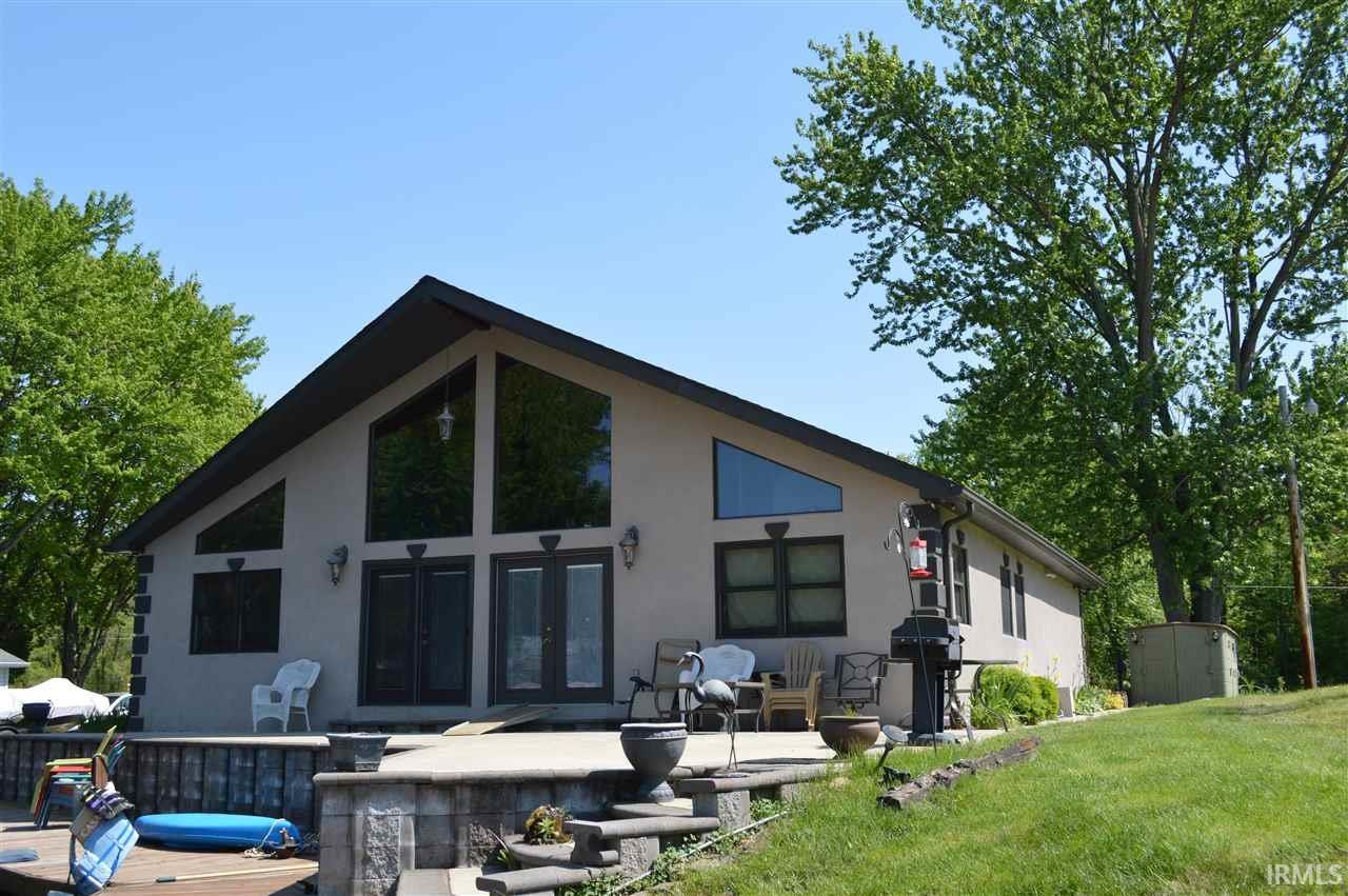 20742 S Lake Drive, Walkerton, IN 46574
