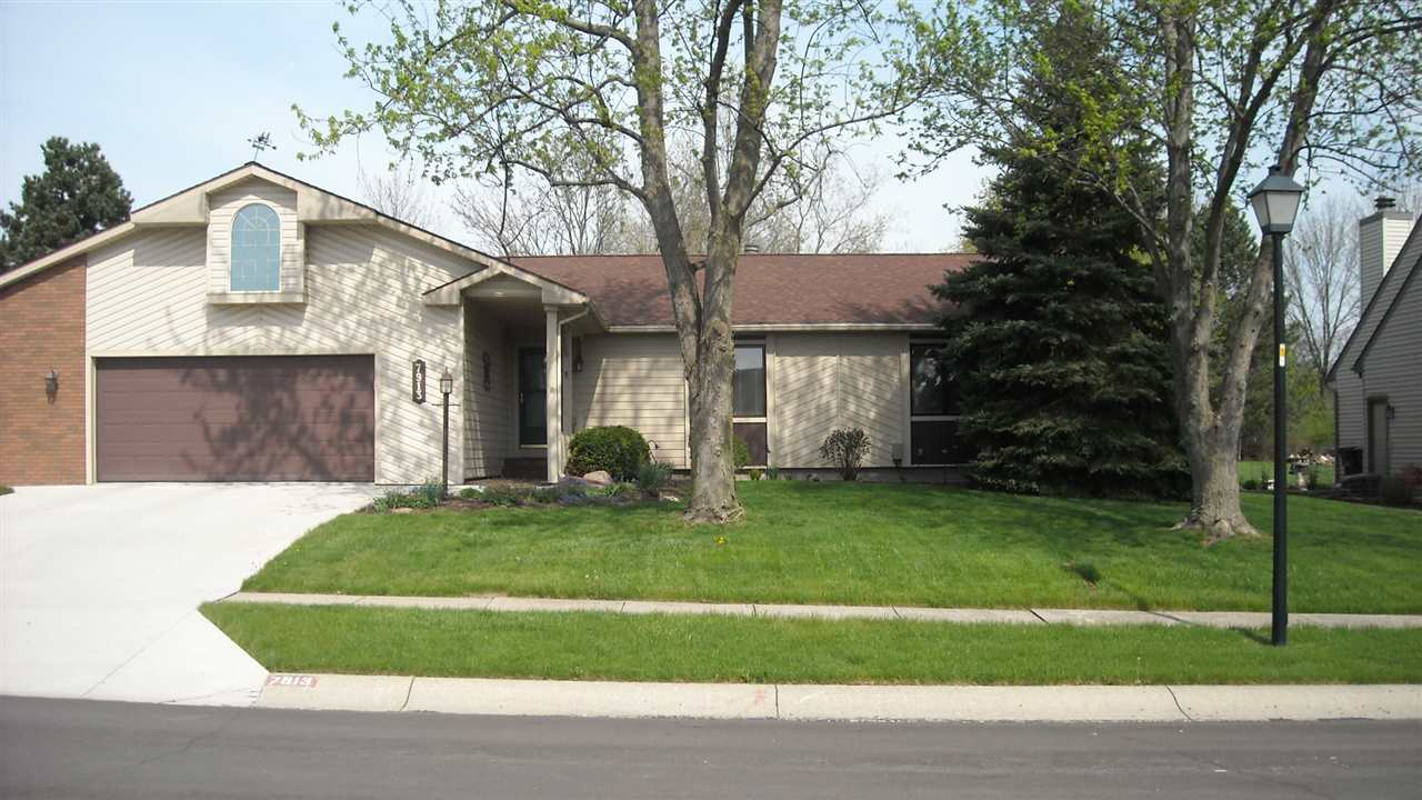 7913 MOSS GROVE Place, Fort Wayne, IN 46825