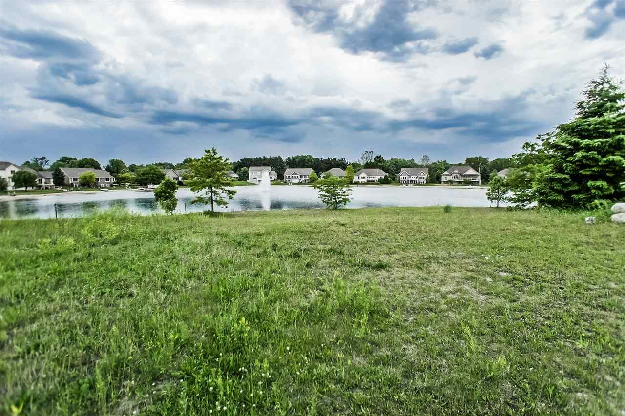 6530 Lake Crest, South Bend, IN 46628