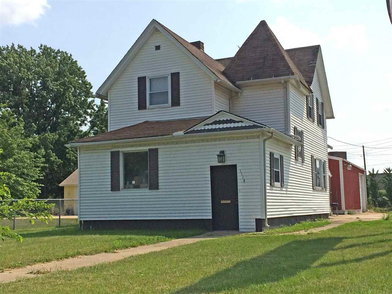 1114 Lincolnway East, South Bend, IN 46601
