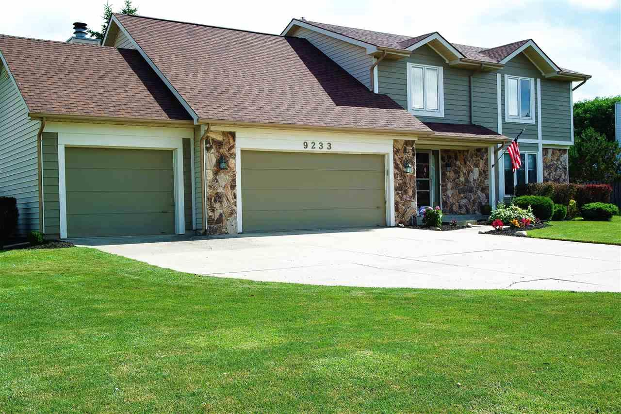 9233 Stagecoach Drive, Fort Wayne, IN 46804