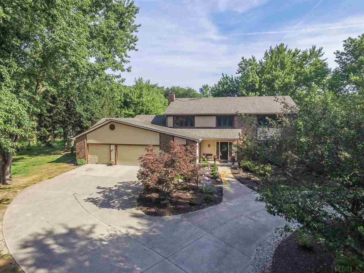 13830 Squaw Creek Road, Fort Wayne, IN 46814