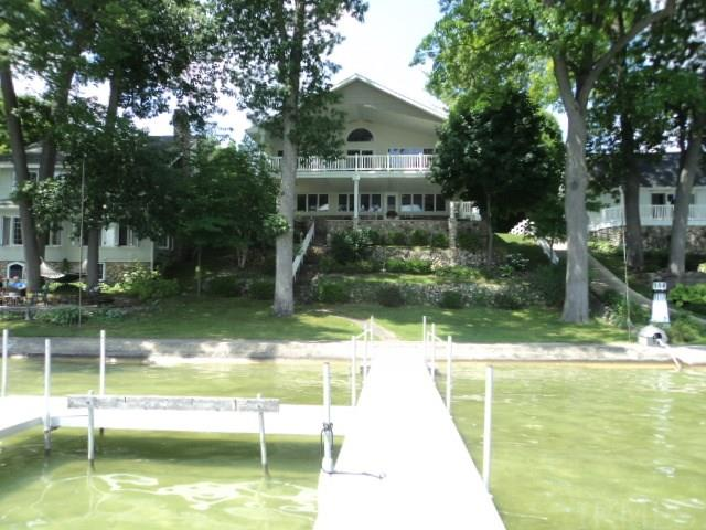 486 E Clear Lake Drive, Fremont, IN 46737