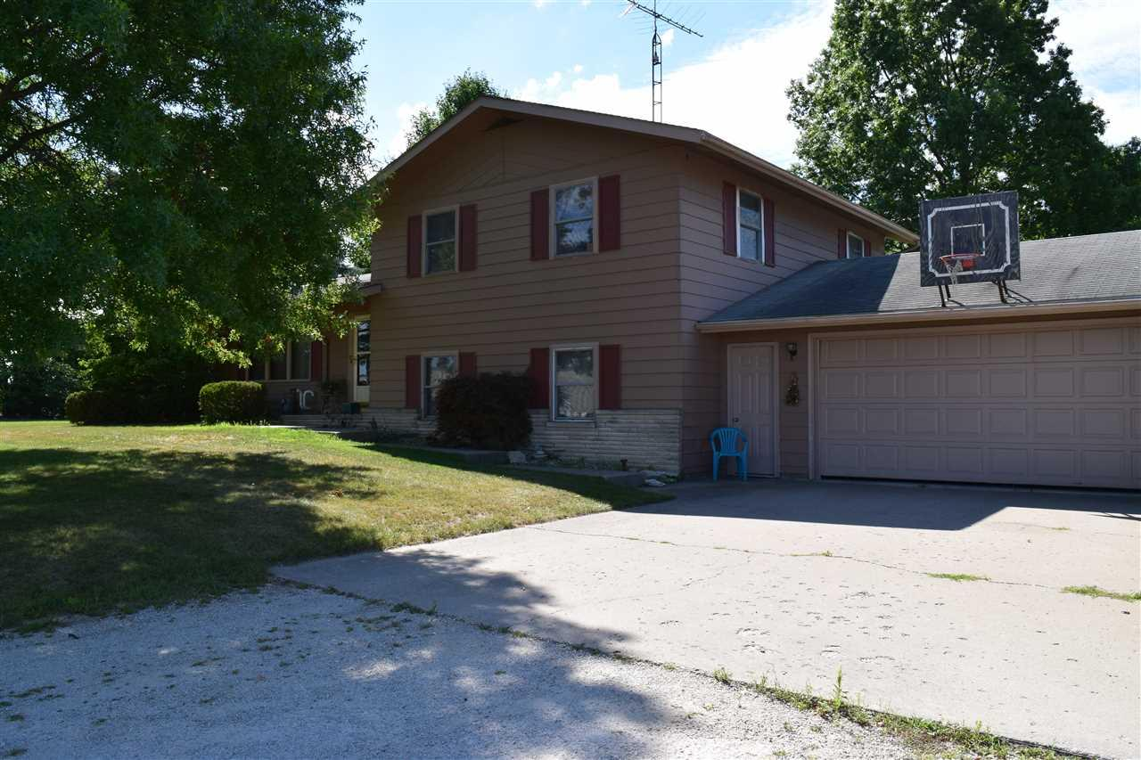 11134 County Road 2, Middlebury, IN 46540