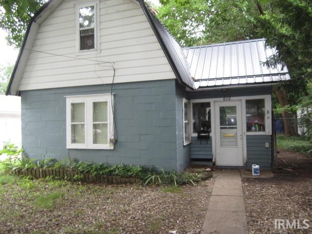 610  Beech Elkhart, IN 46514