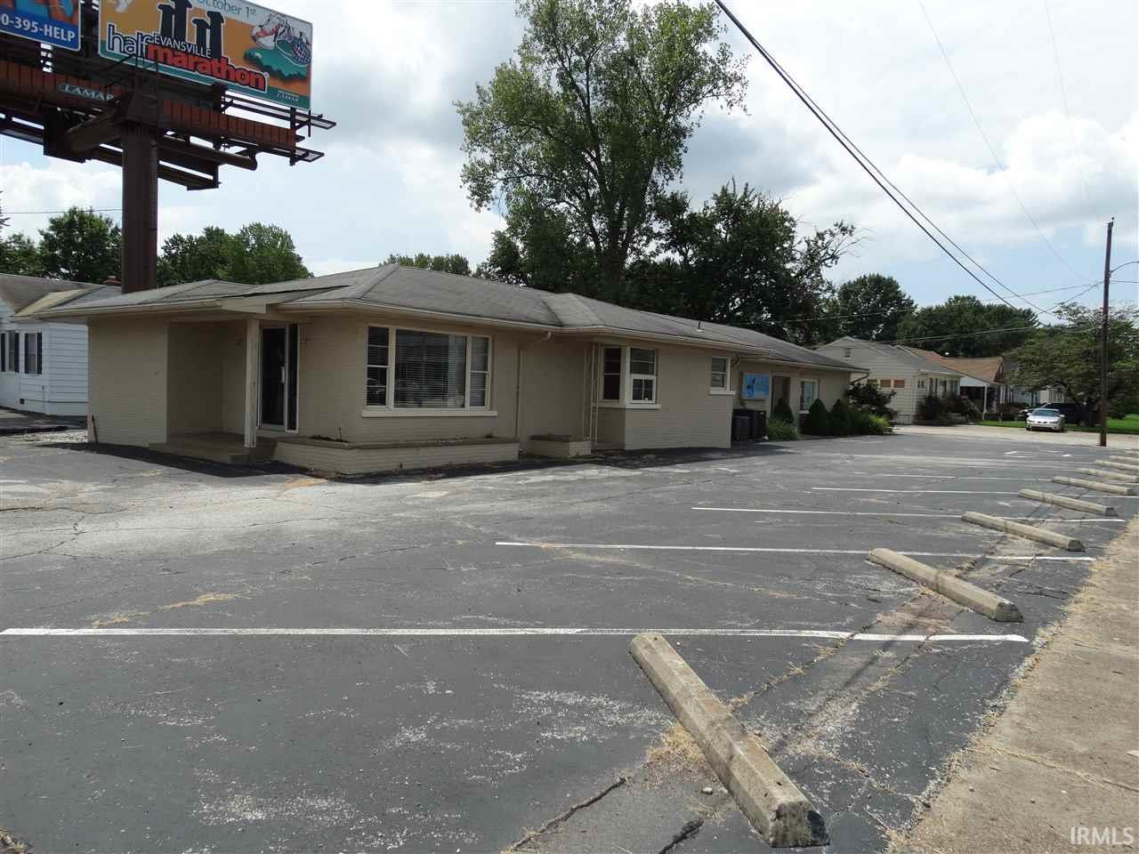1401 S Green River Road, Evansville, IN 47715