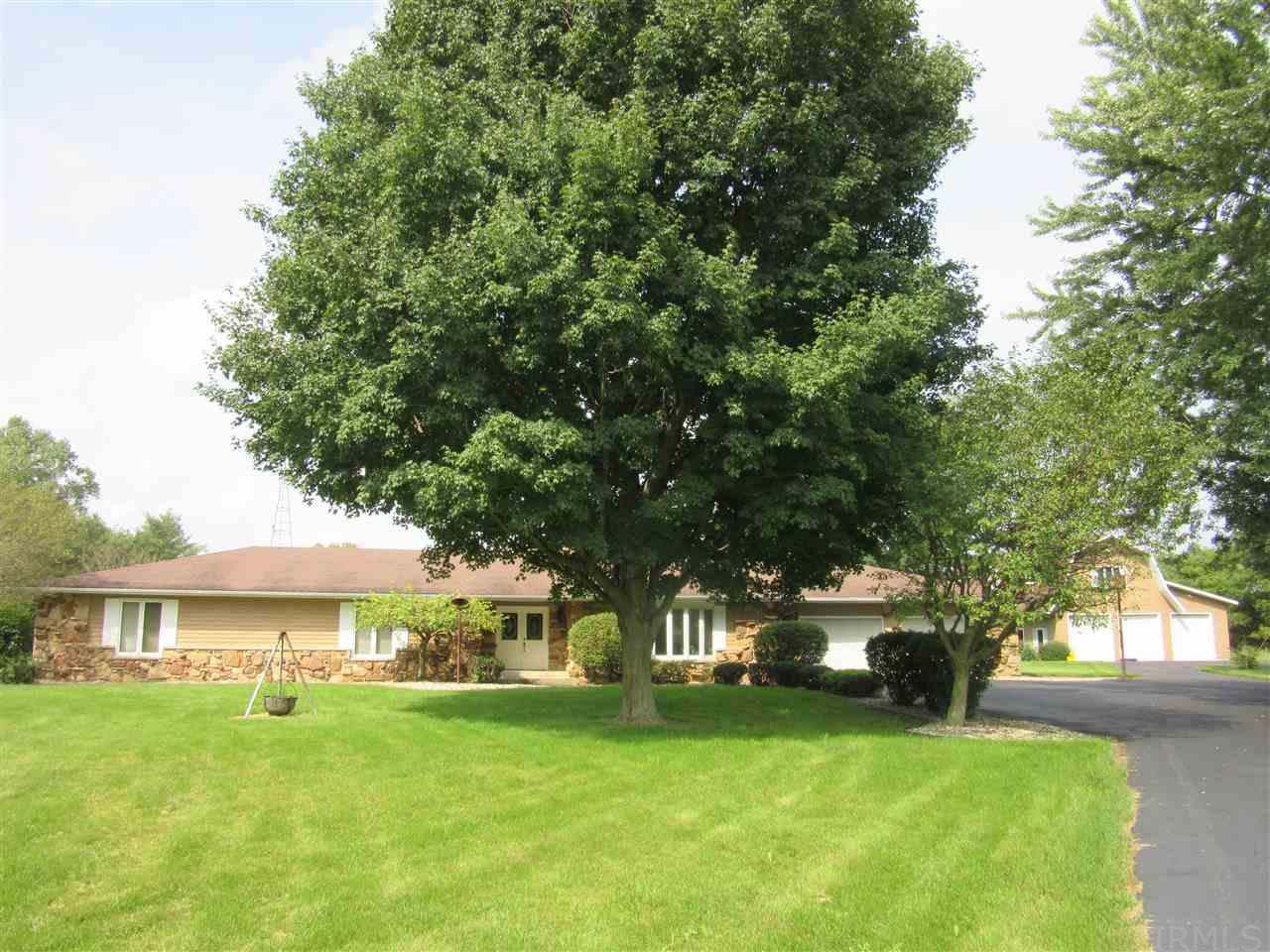 23103 Roosevelt, South Bend, IN 46614