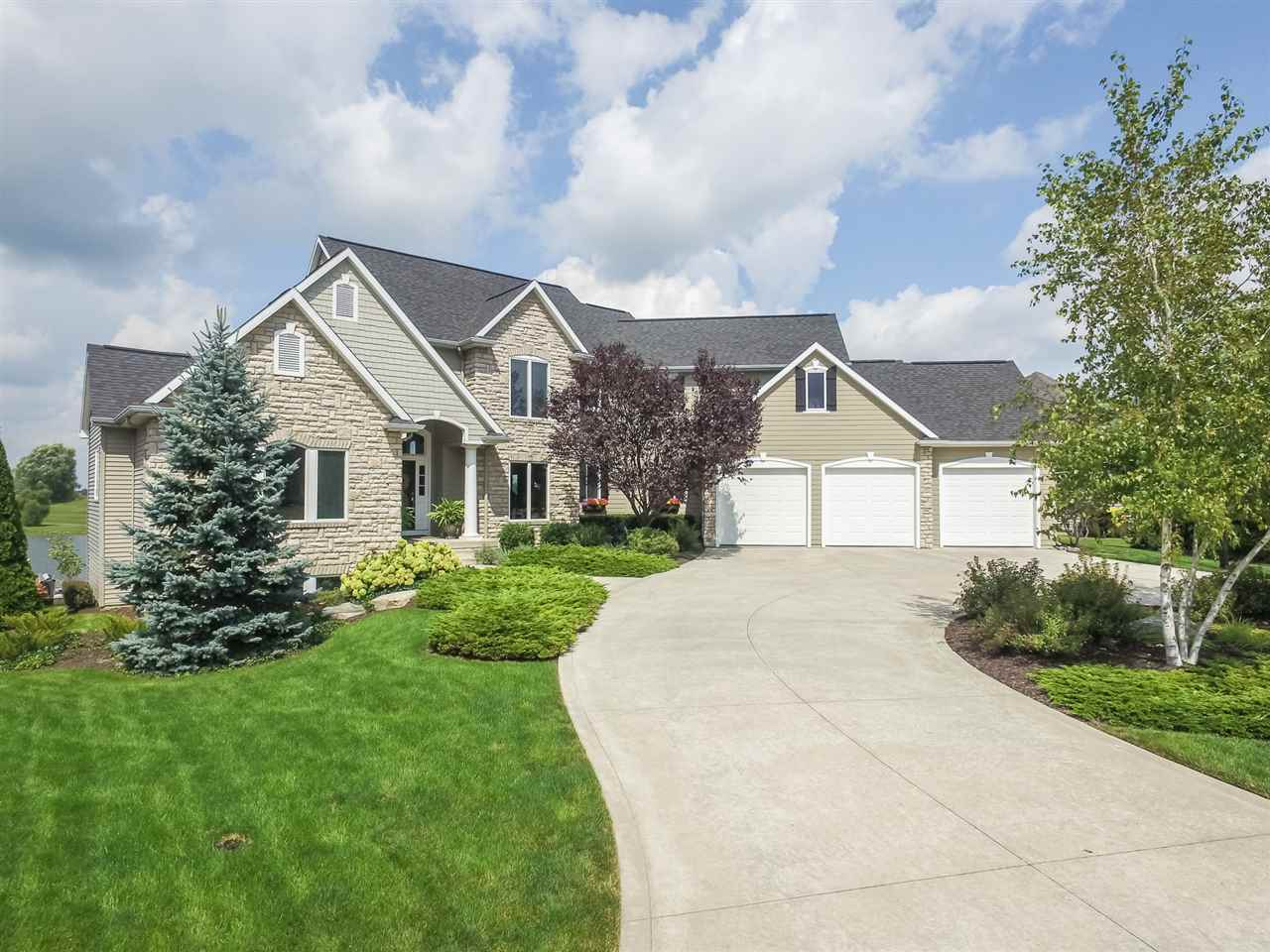 12122 Fairway Winds Court, Fort Wayne, IN 46814
