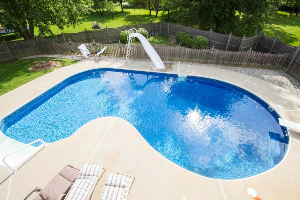 10423 Hickory Tree Road, Fort Wayne, IN 46845