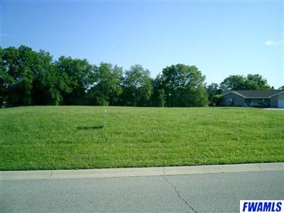 310 W Deer Trl, South Whitley, IN 46787