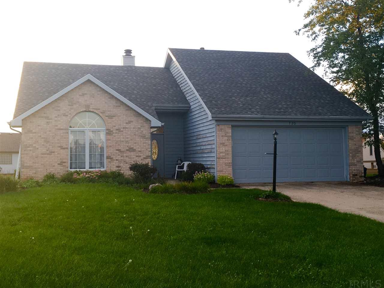 720 Abbey Place Court, Fort Wayne, IN 46804