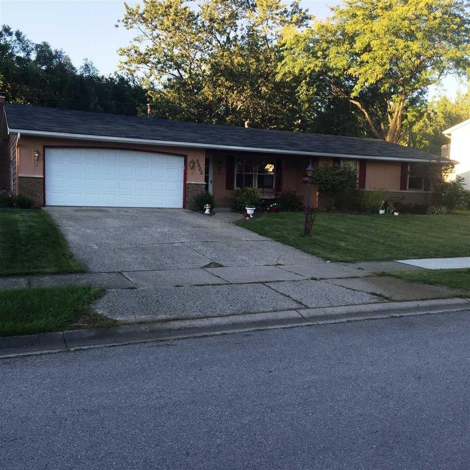 5005 Hemlock Lane, Fort Wayne, IN 46815