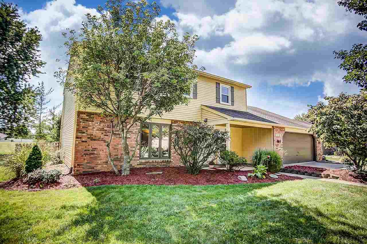 8801 Beacon Woods Place, Fort Wayne, IN 46804