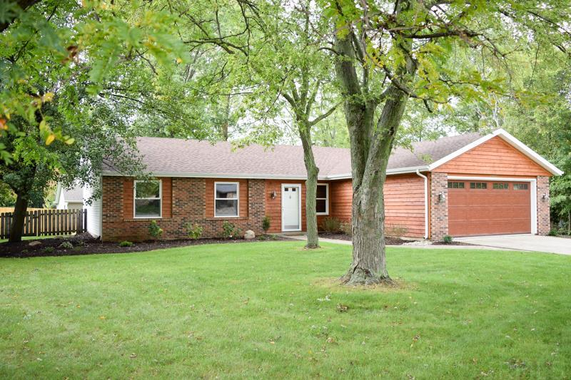 10827 Oak Fall, Fort Wayne, IN 46845