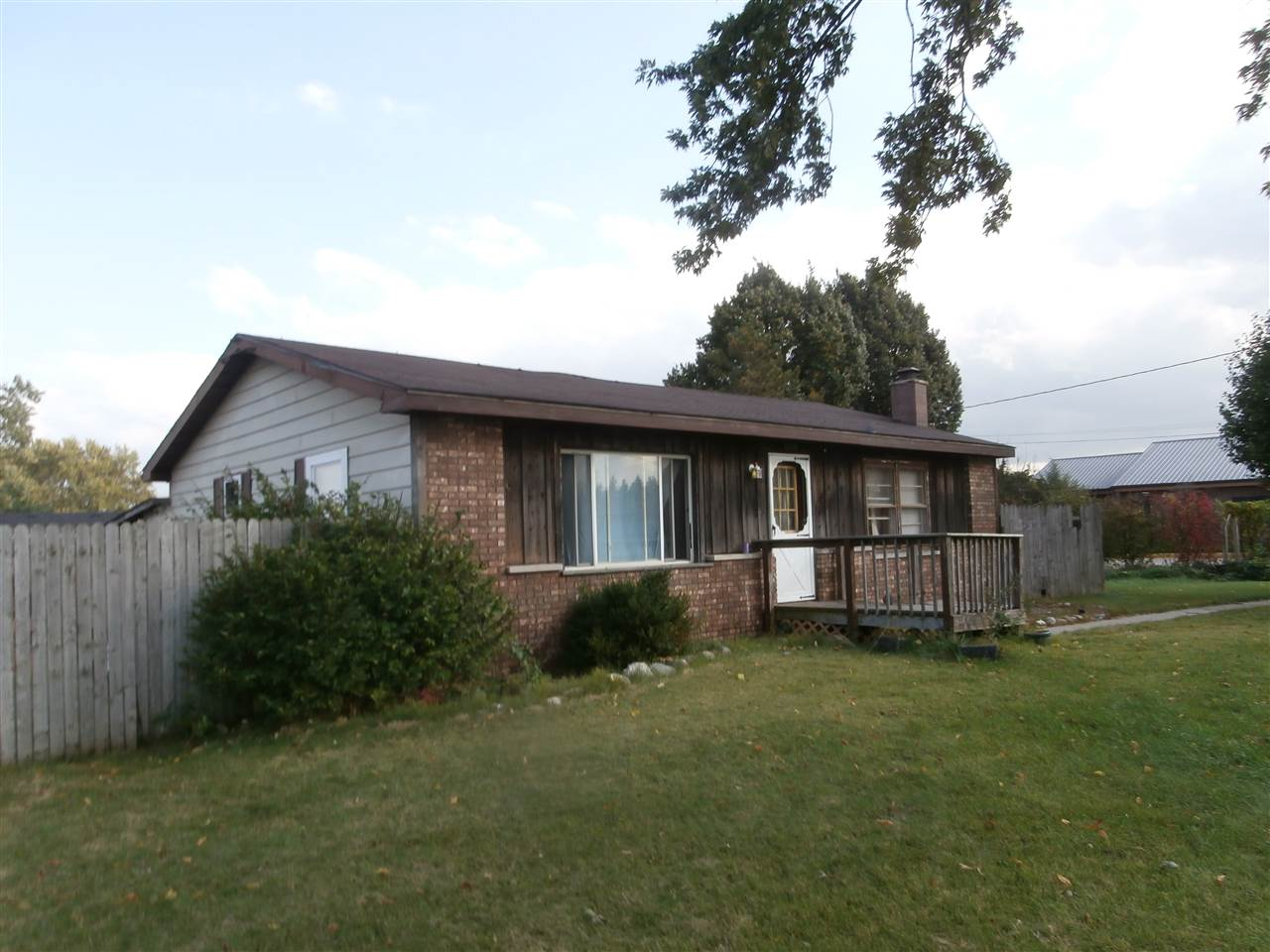730  Graywood Elkhart, IN 46516