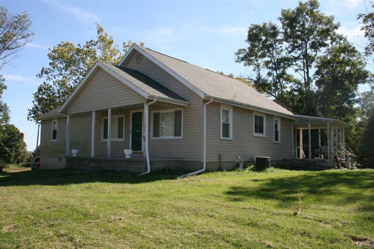 11746 E SHORT RD, Springville, IN 47462
