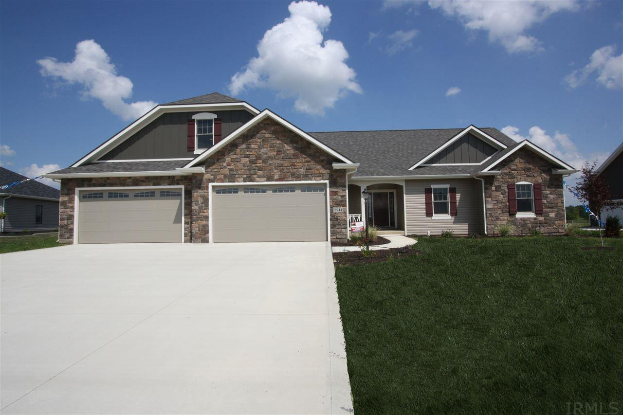 8944 River Hollow Cove, Fort Wayne, IN 46835