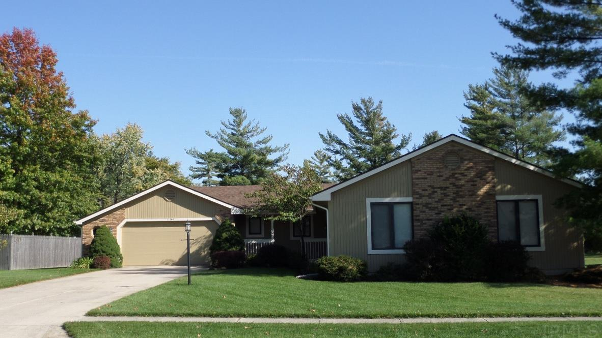 11206 Pine Orchard Cove, Fort Wayne, IN 46845