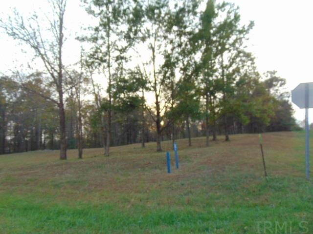 1025 Otter Creek, Boonville, IN 47601
