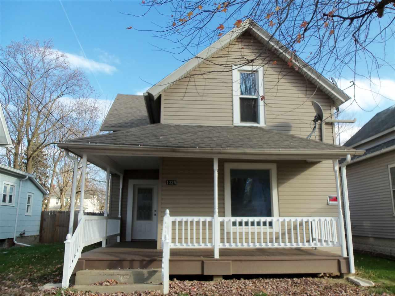 1328 S Jackson St., Auburn, IN 46706