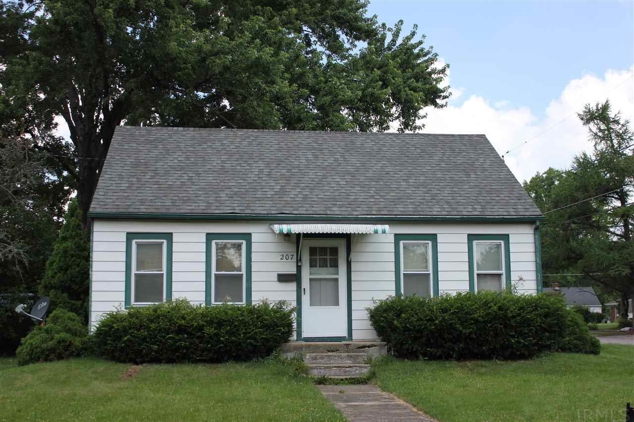 207 E Grove, Kendallville, IN 46755