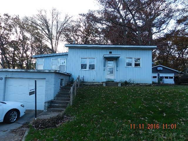 7703 W Forest, Warsaw, IN 46582