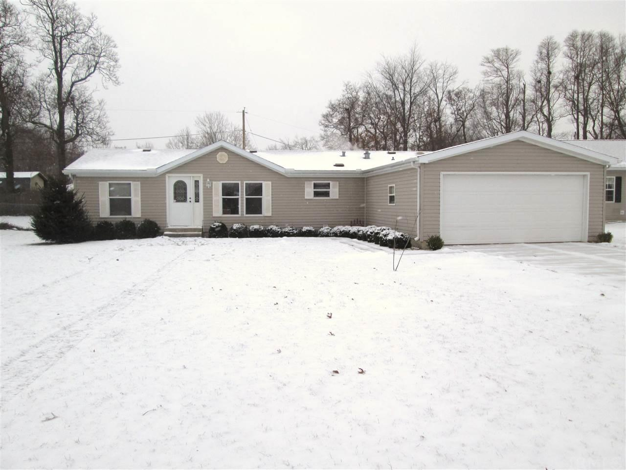 53192  Crystal Pond Dr Elkhart, IN 46514