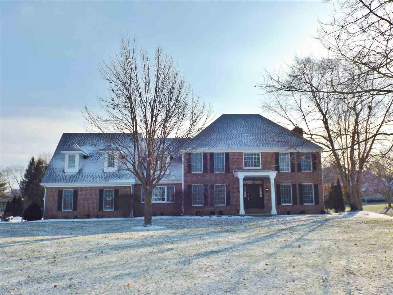 1611 Sycamore Hills Drive, Fort Wayne, IN 46814