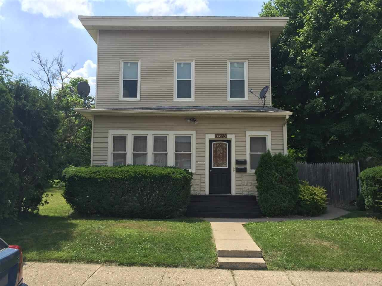 1713  Franklin South Bend, IN 46613