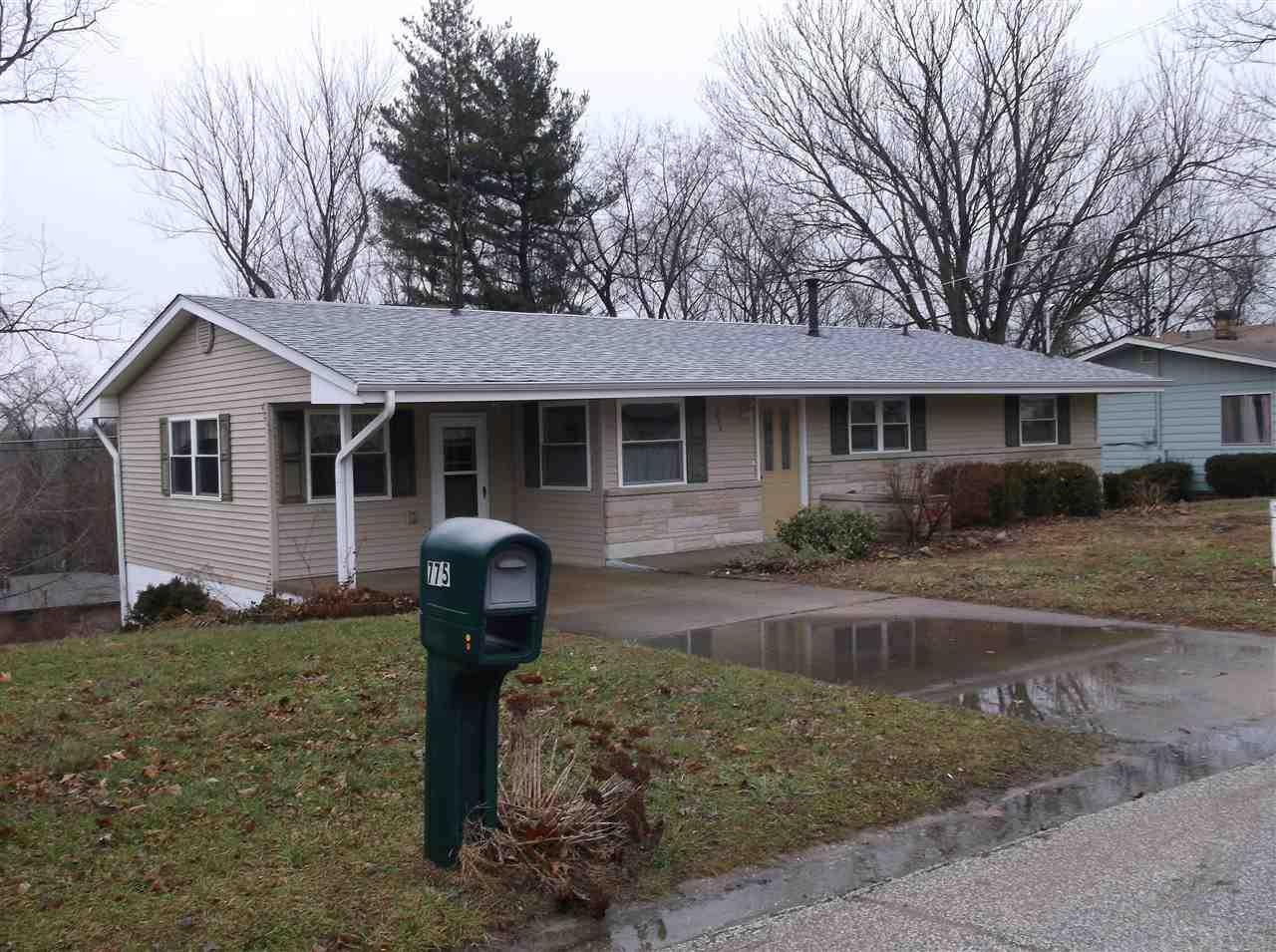 775 Lincoln, Bloomfield, IN 47424