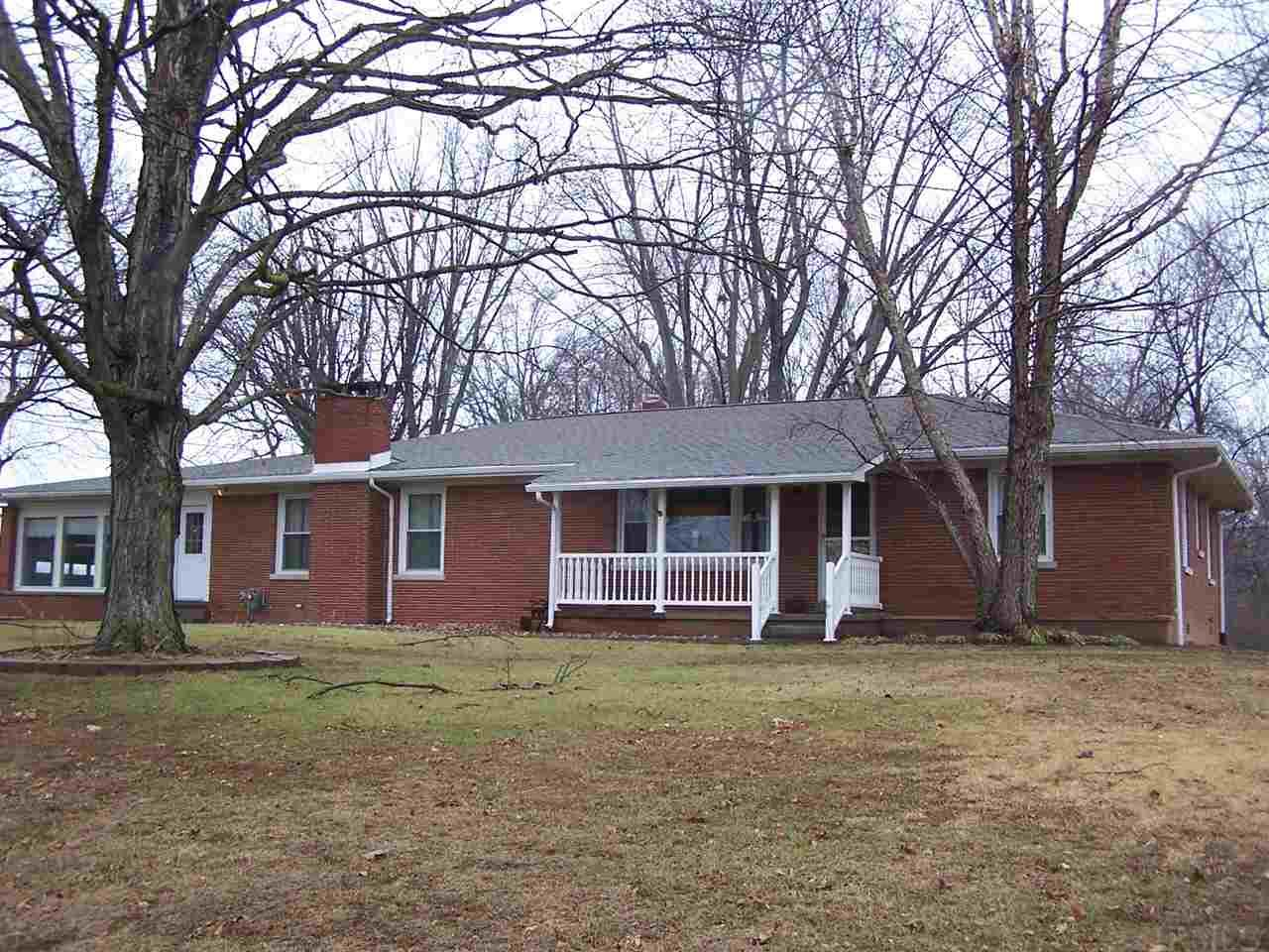 9130 W State Road 165, Owensville, IN 47665