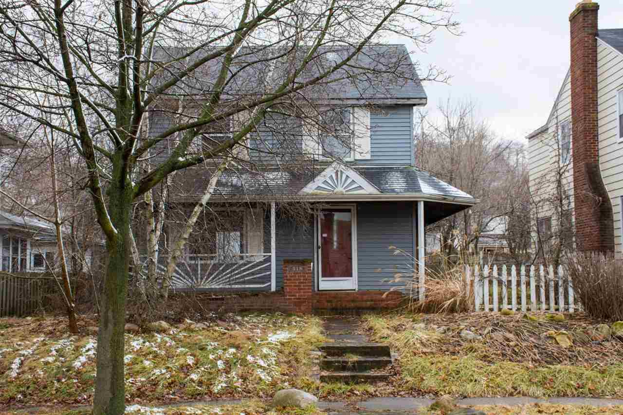 518 E Eckman South Bend, IN 46614
