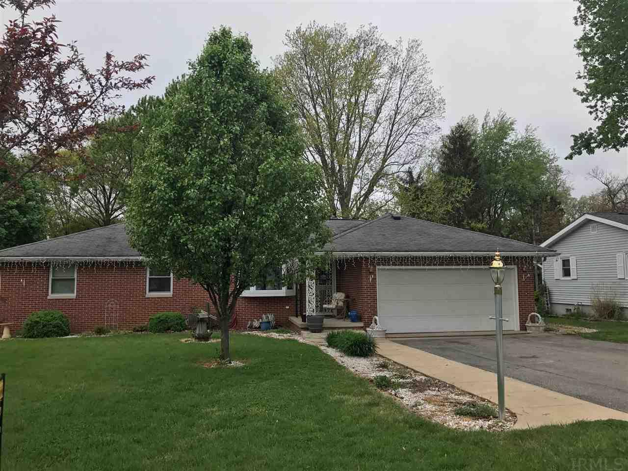 1196 W Lookout Drive, Monticello, IN 47960