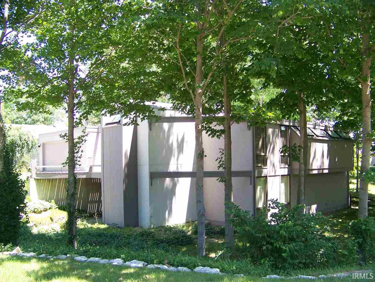 1800 N Dumont, Marion, IN 46952